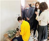 وزيرة التخطيط ومحافظ بالقاهرة يفتتحان مدرسة تواصل للتعليم المجتمعي