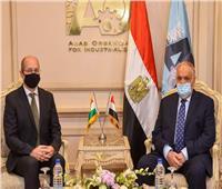 «العربية للتصنيع» تبحث مع  السفير المجري المجالات المشتركة