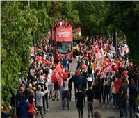 فيديو| وصول ليفربول إلى «آنفيلد» استعدادا لمواجهة أياكس