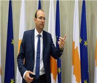 وزير الدفاع القبرصي: نحاول تبني أجندة بناءة وتركيا تلجأ للاستفزاز