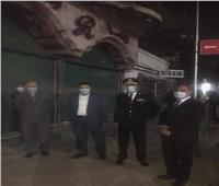 صور | نائب محافظ القاهرة يتابع تطبيق قرار غلق المحلات بالمنطقة الشمالية