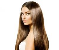 «لبن وبيض وخروع».. 3 وصفات طبيعية لتطويل الشعر