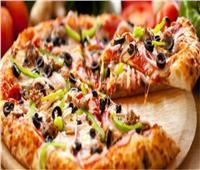تعرف على طريقة عمل البيتزا الإيطالي والصوص
