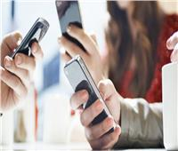 حقيقة تأثير استخدام الهواتف لفترات طويلة على الصحة العقلية