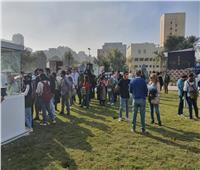 صور| إقبال جماهيري في اليوم الأول لمهرجان القاهرة السينمائي