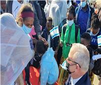 نتنياهو وجانتس يستقبلان مئات المهاجرين من يهود إثيوبيا
