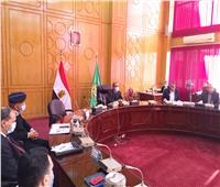 محافظ الإسماعيلية يتابع الاستعدادات لجولة الإعادة في انتخابات «النواب»
