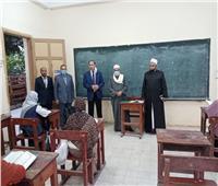 عبد المنعم فؤاد يتفقد أروقة القرآن الكريم بأسيوط