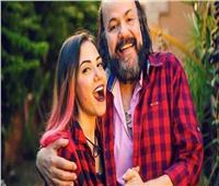 """بالفيديو : لاول مره ايمي تغني وتهدي الاغنية لـ""""طلعت زكريا """""""