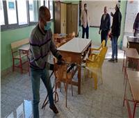 تعقيم اللجان الانتخابية بالإسماعيلية استعدادًا للإعادة| صور
