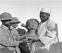 «ذكرى يوم حزين».. خروج تمثال «نفرتيتى» من مصر