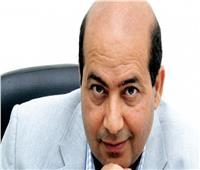 طارق الشناوي يعلن تكريم محمود ياسين بختام مهرجان القاهرة السينمائي
