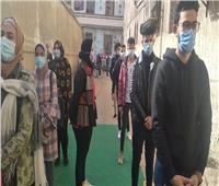 تزايد الناخبين بلجان حدائق القبة الانتخابية وسط التزام بالإجراءات الاحترازية.. صور
