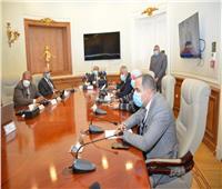 «شعراوي» يتفقد غرفة عمليات متابعة جولة الإعادة بانتخابات النواب