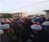 زحام أمام لجان التصويت في القنطرة وأبوخليفة بالإسماعيلية.. صور