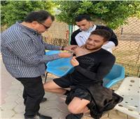 طبيب منتخب الشباب يعقد جلسة مع البعثة لاتباع الإجراءات الاحترازية