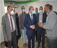 محافظ المنيا يتابع صرف الدفعة الأولى من منحة «العمالة غير المنتظمة»