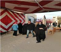 أهالي شمال سيناء يحتشدون أمام اللجان الانتخابية في إعادة النواب