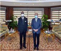 وزير الطيران المدني يستقبل سفير دولة كوت ديفوار