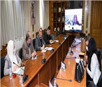 القباج تترأس اجتماع اللجنة الوزارية لحماية ورعاية العمالة غير المنتظمة