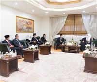 العيسى يستقبل وزير التنسيق للشؤون السياسية والأمنية الإندونيسي