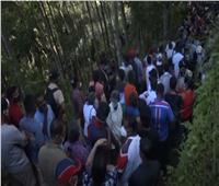 الألاف ينتظرون لقاح يدوي الصنع في سريلانكا يقي من كورونا ..فيديو