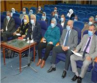 ننشر توصيات اجتماع نائب وزير التعليم مع الإدارات التعليمية لتنمية مهارات المعلمين
