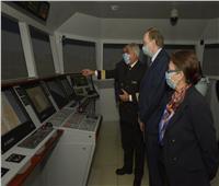 رئيس هيئة قناة السويس يبحث تعزيز التعاون مع سفير الاتحاد الأوروبي