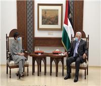 محمود عباس يلتقي وزيرة الخارجية الإسبانية في رام الله