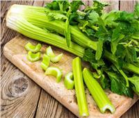 مضاد للأكسدة وخافض للكولسترول.. 15 فائدة لـ«الكرفس»