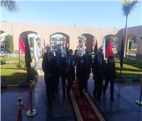 وزيرة الإعمار العراقية ومسئولو وزارة الإسكان يتفقدون مشروعات حدائق العاصمة