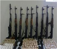 مداهمة أوكار الإجرام.. وضبط أسلحة ومخدرات وبـ«بلطجية»