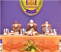 القوات المسلحة تنظم ندوة تثقيفية بمشاركة وزير الأوقاف بالمنطقة الجنوبية