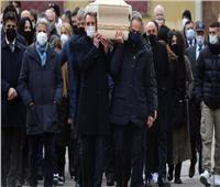 خلال حفل تأبين مؤثر.. تشييع جنازة الأسطورة الإيطالية باولو روسي