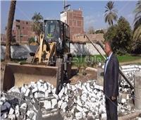 تنفيذ إزالات فورية لمخالفات البناء بمركز طما بسوهاج