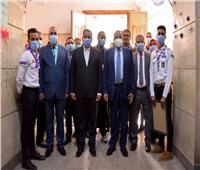رئيس جامعة بنى سويفيفتتح صالة الألعاب بكلية الآداب