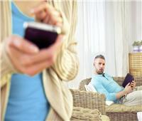 «فتاوى القوارير»| رجل يغريني بالارتباط في حال ترك زوجي.. ماذا أفعل؟
