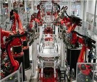 «تسلا» توقف إنتاج السيارات الكهربائية «S و X»