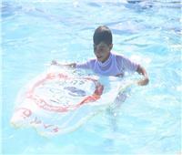 حمزة.. منقذ صغير ومدرب شهير للغوص والسباحة