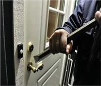 حبس المتهمين بسرقة شقة بطل العالم السابق للإسكواش