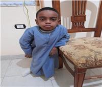 طفل أسوان «مش لاقي دواء»