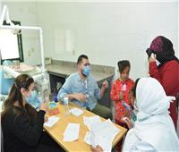 جامعة أسيوط: توقيع الكشف الطبي على 876 مريض وألفي خدمة بيطرية