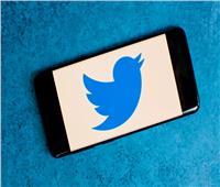 «تويتر» يُسهل الحصول على العلامة الزرقاء للتحقق من الحسابات
