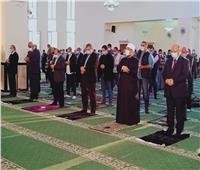 بعد افتتاحه.. 3 وزراء يؤدون صلاة الجمعة بمسجد «تحيا مصر» بالأسمرات