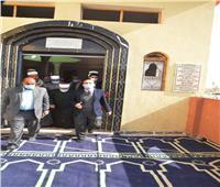 سكرتيرعام أسيوط يفتتح مسجد النور بقرية البورة وسط إجراءات احترازية