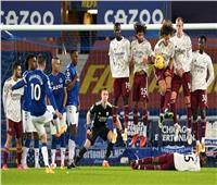 «آرسنال» يواصل الهبوط .. و«إيفرتون» يصعد لوصافة «الدوري الإنجليزي»