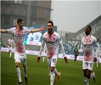 فيديو| ميلان يهزم ساسولو ويواصل تصدره للدوري الإيطالي