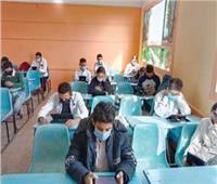 «الواي فاي» يتلاعب بأعصاب الطلاب.. و«الأيقونة المختفية» مشكلة