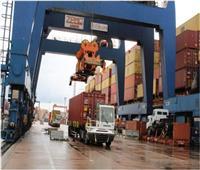 وصول 191 ألف طن قمح وفول صويا وسولار لميناء الإسكندرية
