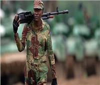 مقتل 5 عسكريين وخطف 35 مدنيًا خلال هجومين في نيجيريا